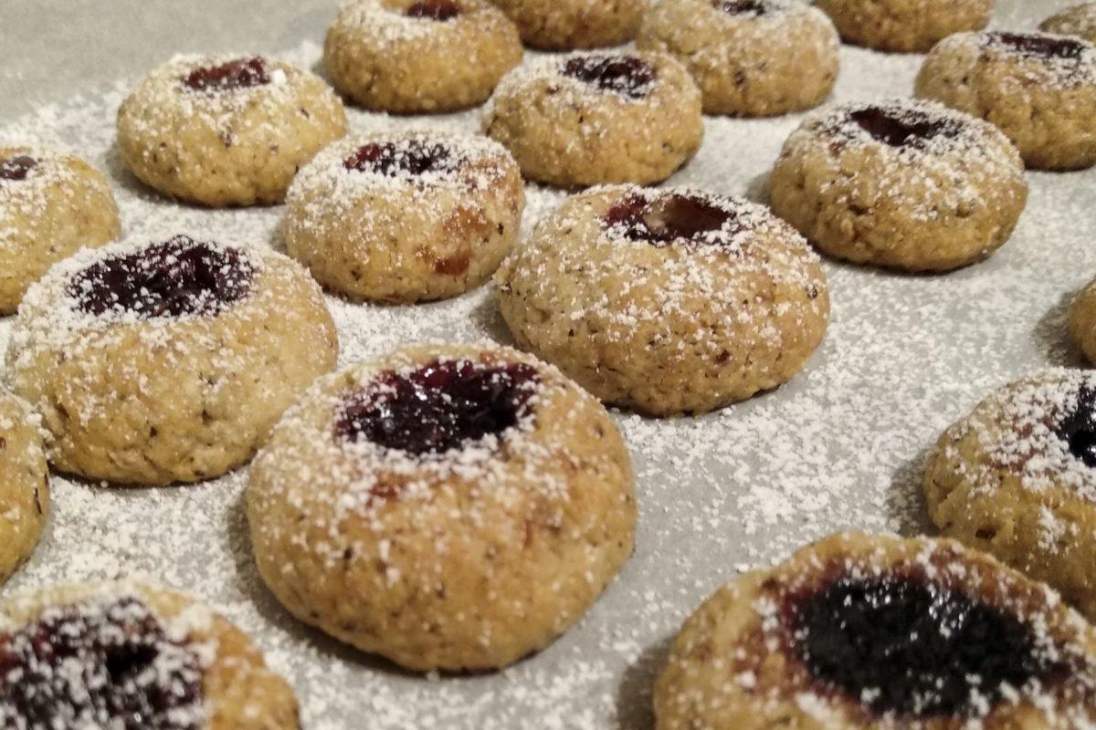 Die fertig bestaubten Kekse - bereit zum Vernaschen