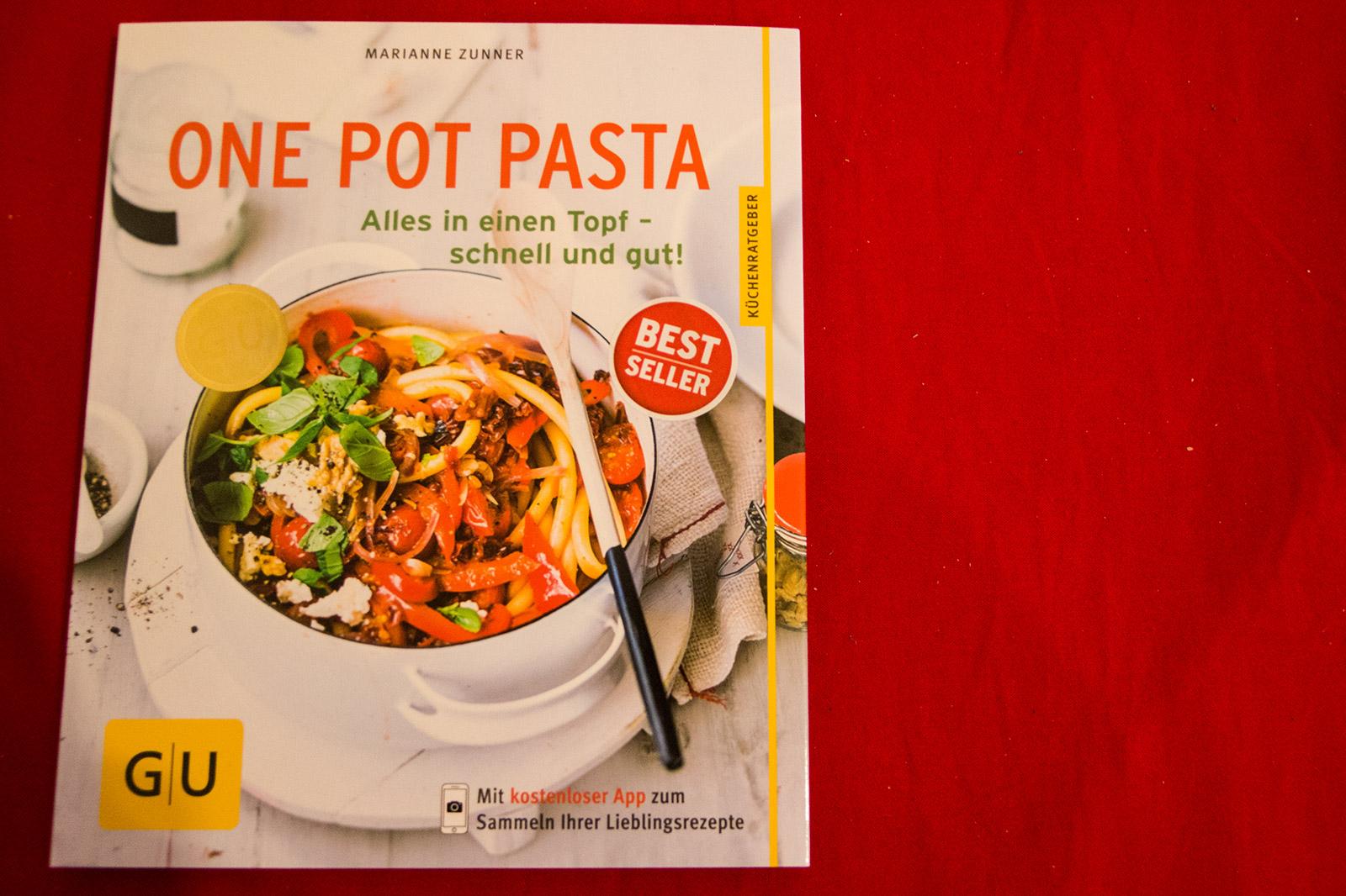 One Pot Pasta: Alles in einen Topf - schnell und gut!